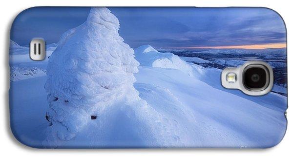Sunset In Norway Galaxy S4 Cases - Sunset On The Summit Toviktinden Galaxy S4 Case by Arild Heitmann