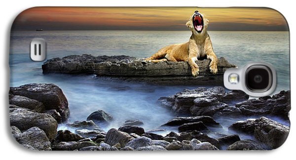 Fantasy Photographs Galaxy S4 Cases - Surreal lioness Galaxy S4 Case by Carlos Caetano
