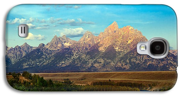 Outlook Photographs Galaxy S4 Cases - Teton Range at Sunrise Galaxy S4 Case by Robert Bales