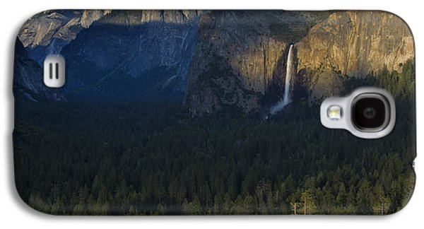 Cathedral Rock Galaxy S4 Cases - Tunnel View at Sunset Galaxy S4 Case by Rick Berk