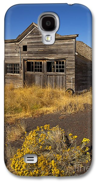 Ruin Galaxy S4 Cases - Under the Weight of It All Galaxy S4 Case by Mike  Dawson