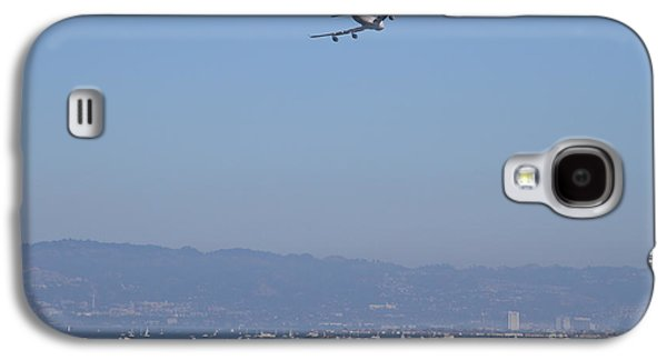 Jet Photographs Galaxy S4 Cases - United Airlines Boeing 747 Over The San Francisco Bay At Fleet Week . 7D7860 Galaxy S4 Case by Wingsdomain Art and Photography
