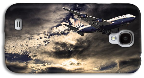 Jet Photographs Galaxy S4 Cases - United Airlines . Flying The Friendly Skies Galaxy S4 Case by Wingsdomain Art and Photography