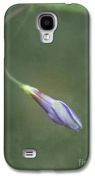 Floral Digital Art Galaxy S4 Cases - Vinca Galaxy S4 Case by Priska Wettstein