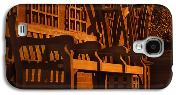 Walkway Digital Art Galaxy S4 Cases - Warmth of a London Bench Galaxy S4 Case by Mike McGlothlen