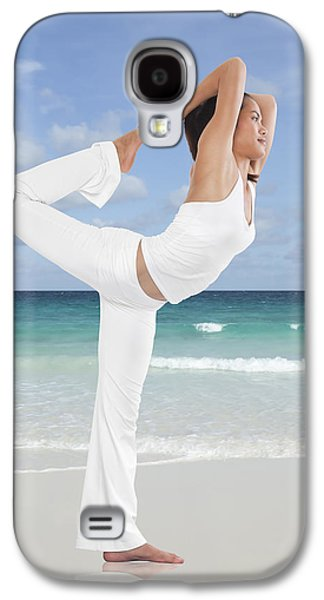 Action Photographs Galaxy S4 Cases - Woman doing yoga on the beach Galaxy S4 Case by Setsiri Silapasuwanchai