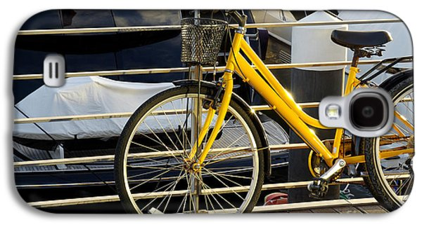 Activity Photographs Galaxy S4 Cases - Yellow Bicycle Galaxy S4 Case by Carlos Caetano