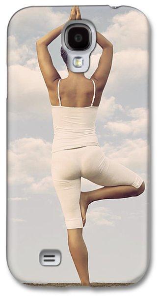 Training Photographs Galaxy S4 Cases - Yoga Galaxy S4 Case by Joana Kruse