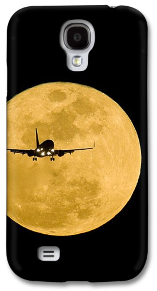 Aeroplane Silhouetted Against A Full Moon Galaxy S4 Case by David Nunuk
