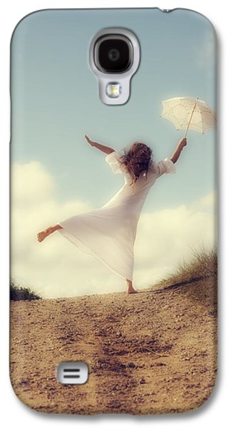 Girl Galaxy S4 Cases - Angel With Parasol Galaxy S4 Case by Joana Kruse