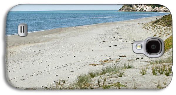 Beach Landscape Galaxy S4 Cases - Coastline NZ Galaxy S4 Case by Les Cunliffe