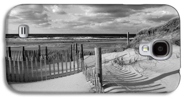 Contemplative Photographs Galaxy S4 Cases - Daydream Galaxy S4 Case by Dianne Cowen