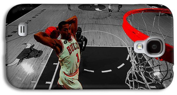 Dunk Galaxy S4 Cases - Derrick Rose Taking Flight Galaxy S4 Case by Brian Reaves