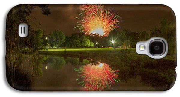 fireworks during Fair St Louis in Forest Park Galaxy S4 Case by Garry McMichael