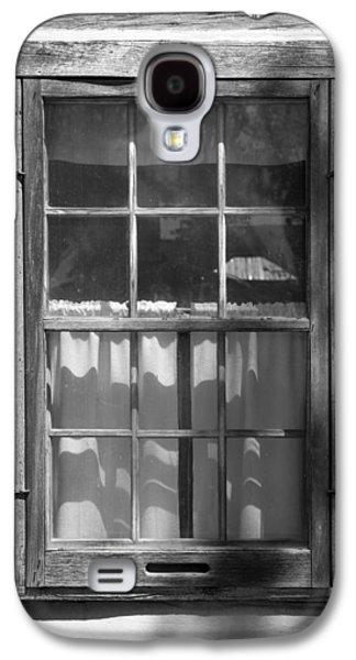 Log Cabin Interiors Galaxy S4 Cases - Lattice Window on Log Cabin Galaxy S4 Case by Donald  Erickson