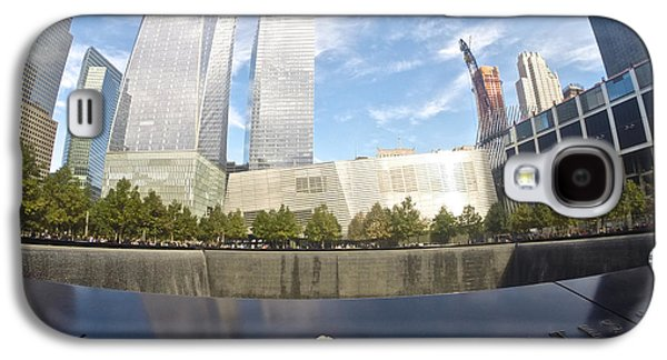 Landmarks Photographs Galaxy S4 Cases - Memorial View Galaxy S4 Case by Steven Lapkin
