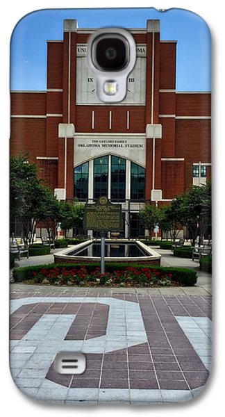 Oklahoma Memorial Stadium Galaxy S4 Case by Center For Teaching Excellence