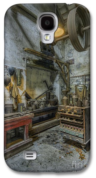 Machinery Galaxy S4 Cases - Olde Vintage Workshop Galaxy S4 Case by Ian Mitchell