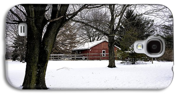 Red Barn In Winter Photographs Galaxy S4 Cases - Red Barn in Winter Galaxy S4 Case by John Rizzuto