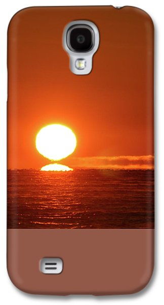 Nature Abstracts Galaxy S4 Cases - Sun On The Horizon  Galaxy S4 Case by Lyle Crump