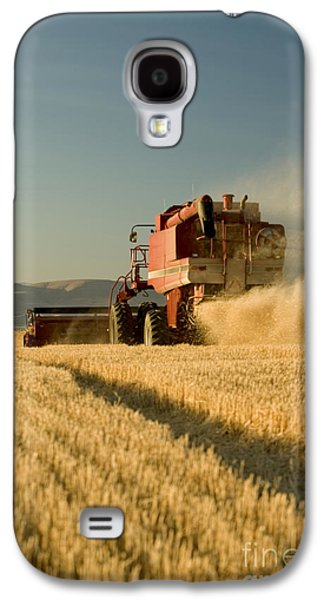 Machinery Galaxy S4 Cases - Combine Harvesting Wheat Galaxy S4 Case by Inga Spence