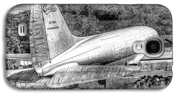 Curtiss Galaxy S4 Cases - 1019 Curtiss C46 Commando Galaxy S4 Case by Steve Sturgill