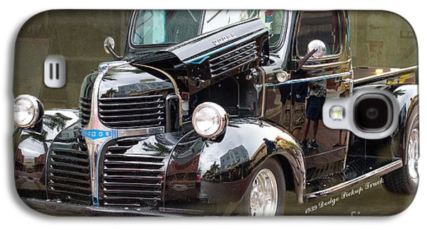Original Art Photographs Galaxy S4 Cases - 1939 Dodge Pickup Custom by Darrell Hutto Galaxy S4 Case by Darrell Hutto