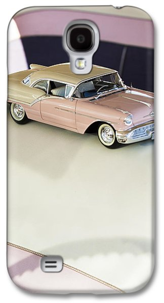 Car Part Photographs Galaxy S4 Cases - 1957 Oldsmobile Super 88 Matchbox Car Galaxy S4 Case by Jill Reger