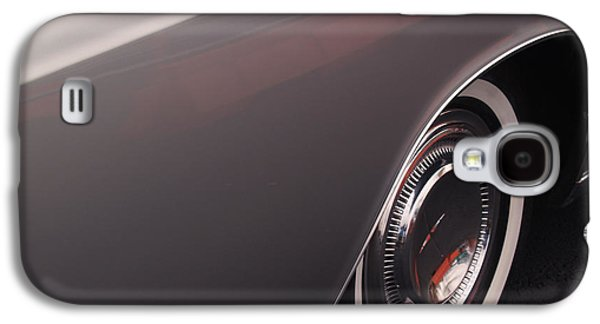 Lincoln Galaxy S4 Cases - 1968 Vintage Lincoln Sedan Fender Galaxy S4 Case by Anna Lisa Yoder