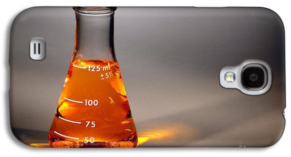 Scientific Galaxy S4 Cases - Equipment in Science Research Lab Galaxy S4 Case by Olivier Le Queinec