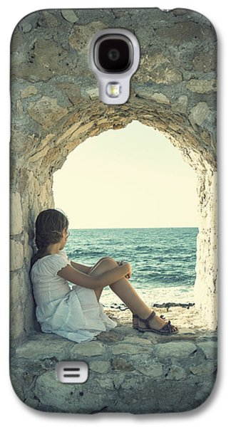 Wall Galaxy S4 Cases - Girl At The Sea Galaxy S4 Case by Joana Kruse