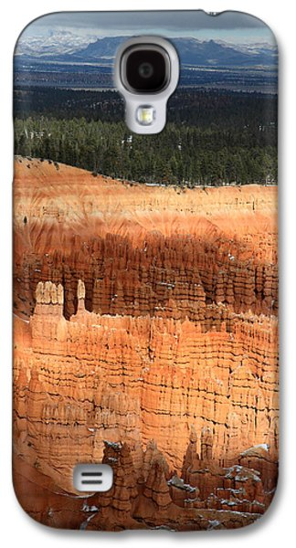 Colum Galaxy S4 Cases - hoodoos in Bryce Canyon Amphitheater Galaxy S4 Case by Pierre Leclerc Photography