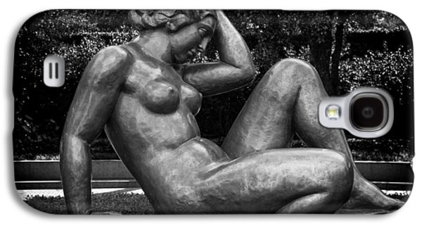 Nudes Sculptures Galaxy S4 Cases - Reclining Nude Sculpture  Galaxy S4 Case by Mountain Dreams