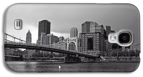 Roberto Clemente Galaxy S4 Cases - The Roberto Clemente Bridge - Pittsburgh Galaxy S4 Case by Luis Diaz