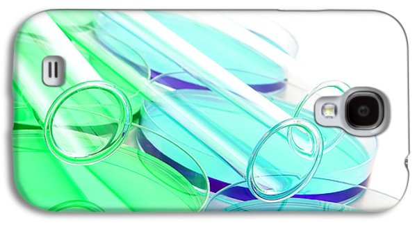 Biology Photographs Galaxy S4 Cases - Laboratory Experiment in Science Research Lab Galaxy S4 Case by Olivier Le Queinec