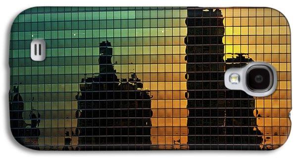 Chicago River Galaxy S4 Cases - 333 Wacker Reflecting Chicago Galaxy S4 Case by Steve Gadomski