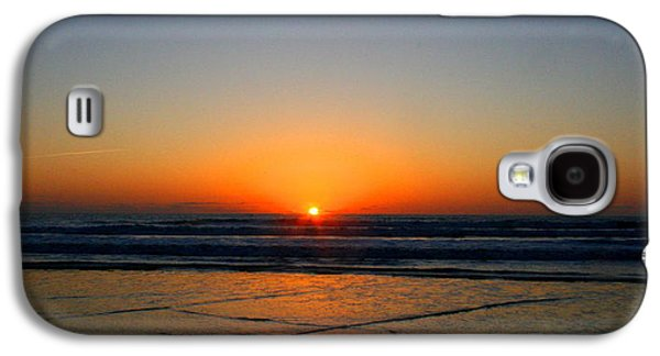 Waterscape Mixed Media Galaxy S4 Cases - Ocean sunrise sunset Galaxy S4 Case by W Gilroy