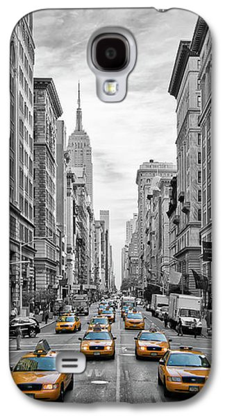 5th Avenue Yellow Cabs - Nyc Galaxy S4 Case by Melanie Viola