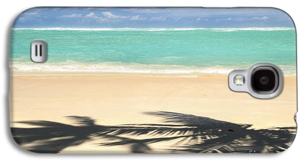 Beach Landscape Photographs Galaxy S4 Cases - Tropical beach Galaxy S4 Case by Elena Elisseeva