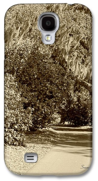 Old Roadway Galaxy S4 Cases - A Lowcountry Springtime Galaxy S4 Case by Suzanne Gaff