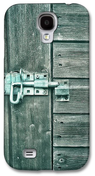 A Shed Door Galaxy S4 Case by Tom Gowanlock