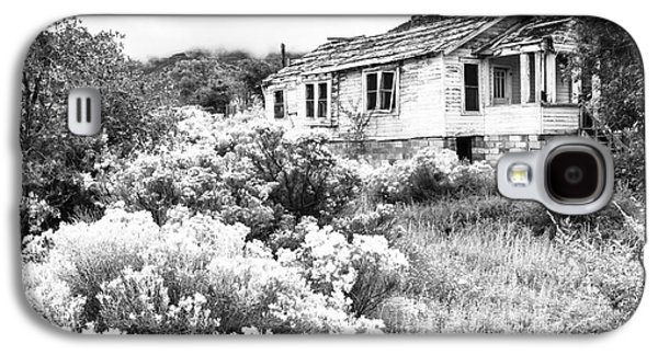 Ancient Galaxy S4 Cases - Abandoned House New Mexico Galaxy S4 Case by Ben Graham