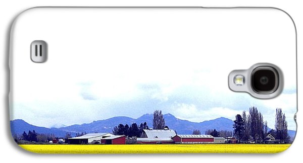 Landscapes Photographs Galaxy S4 Cases - Acres Of Daffodils Galaxy S4 Case by Will Borden