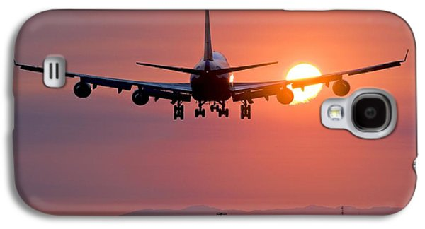 Technological Photographs Galaxy S4 Cases - Aeroplane Landing At Sunset, Canada Galaxy S4 Case by David Nunuk