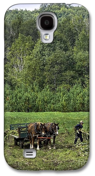 Amish Family Photographs Galaxy S4 Cases - Amish Corn Harvest #1 Galaxy S4 Case by TAPS Photography