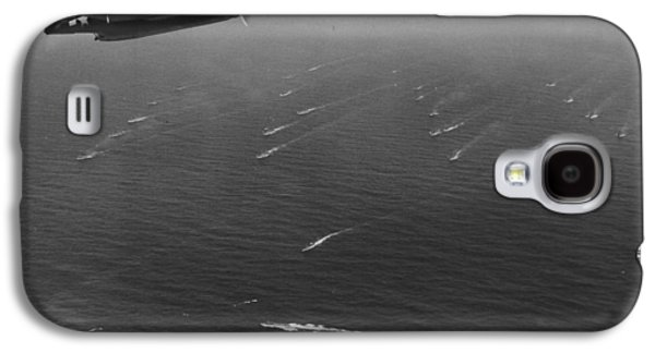 Airplane Photographs Galaxy S4 Cases - An Avenger Aircraft On Patrol  Galaxy S4 Case by American School
