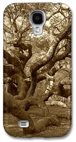 Gnarly Galaxy S4 Cases - Angel Oak in Sepia Galaxy S4 Case by Suzanne Gaff