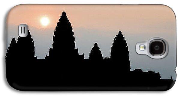 Angkor Wat Sunrise Galaxy S4 Case by Dave Bowman