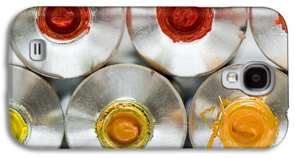Studio Photographs Galaxy S4 Cases - Artists Oil Paints Galaxy S4 Case by Frank Tschakert