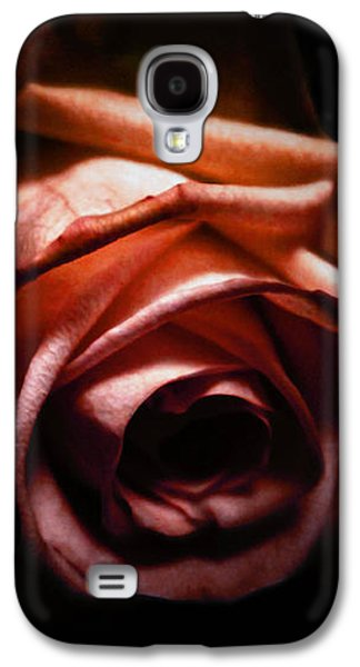 Red Mixed Media Galaxy S4 Cases - Red rose Galaxy S4 Case by Nicklas Gustafsson